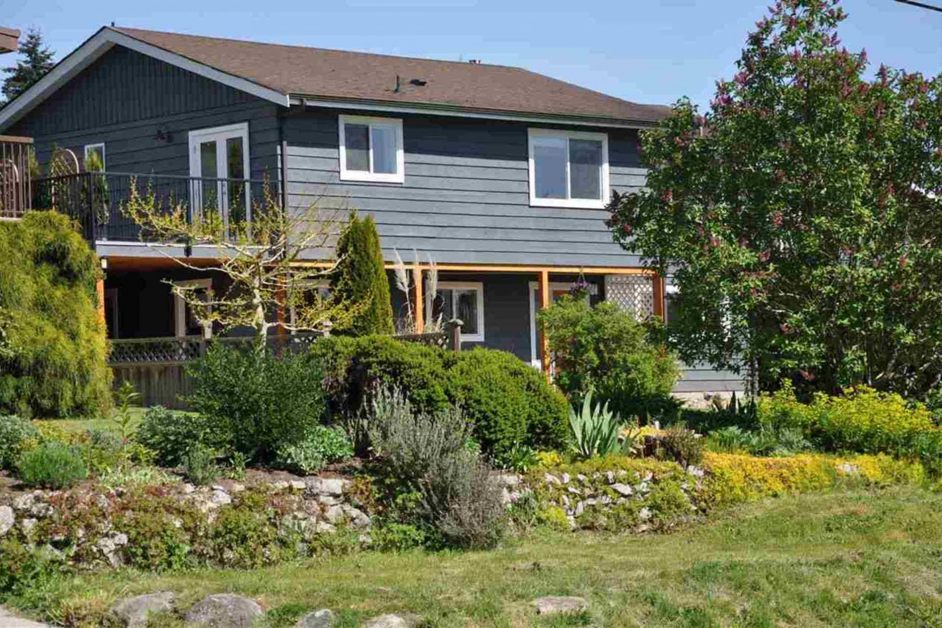 4904 Geer Road, Sechelt District, Sunshine Coast