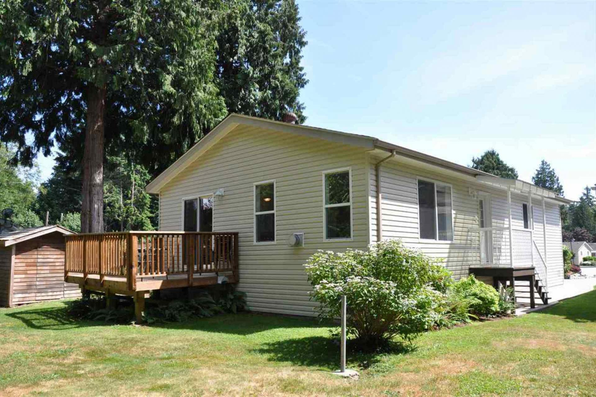 110 - 4510 Sunshine Coast Highway, Sechelt District, Sunshine Coast